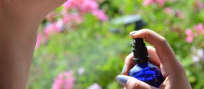 Lotion anti âge eau de rose - mauve - cerise