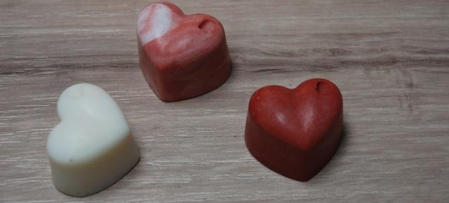 Fabrication de bougie de massage sensuelle philtre d'amour